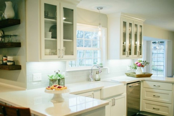 küche-magnolia-farbe-super-elegantes-interieur