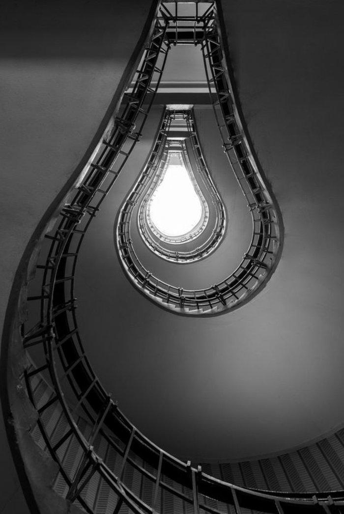 künstlerische-Fotografie-in-Schwarz-und-Weiß
