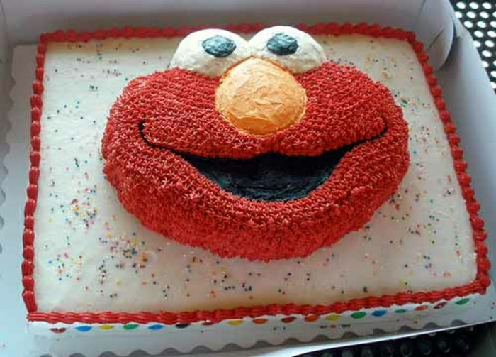 kuchen-für-geburtstag-interessante-idee-rote-creme