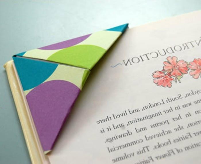 lesezeichen-selber-machen-origami-basteln-grün-und-lila-kombinieren
