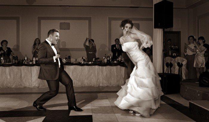 lustige-Hochzeitsbilder-der-erste-Tanz