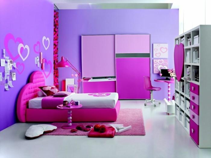 mädchen-jugendzimmer-mit-tollen-kindermöbeln-lila-wände-und-zyklamenfarbige-möbel