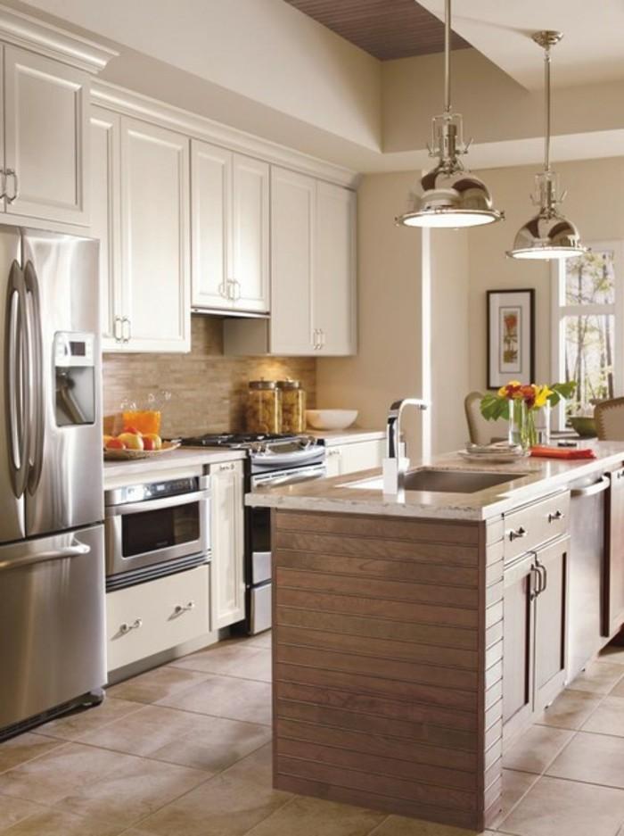 magnolia-farbe-küche-attraktives-design-mit-einer-kochinsel