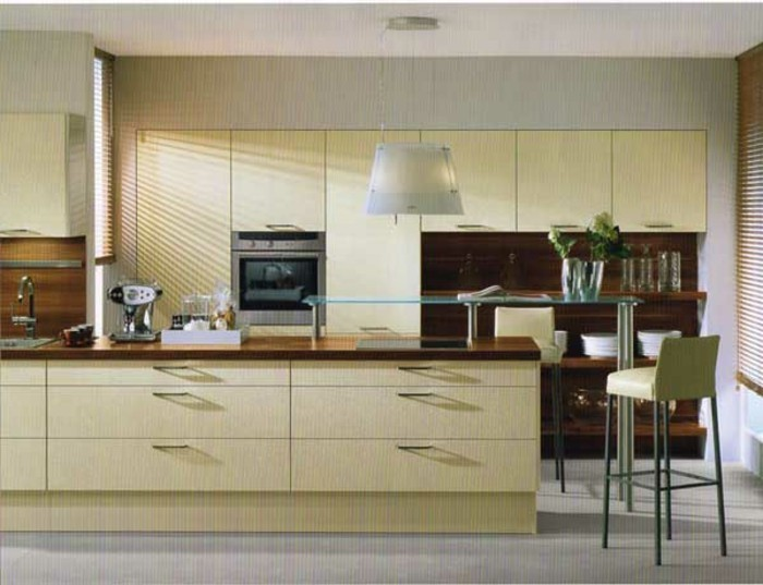 sehr moderne möbel in einer tollen küche in magnolia farbe