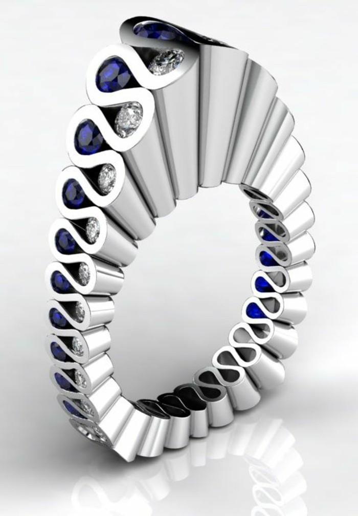 moderne-Eheringe-Modell-aus-Platin-Diamanten-Saphiren
