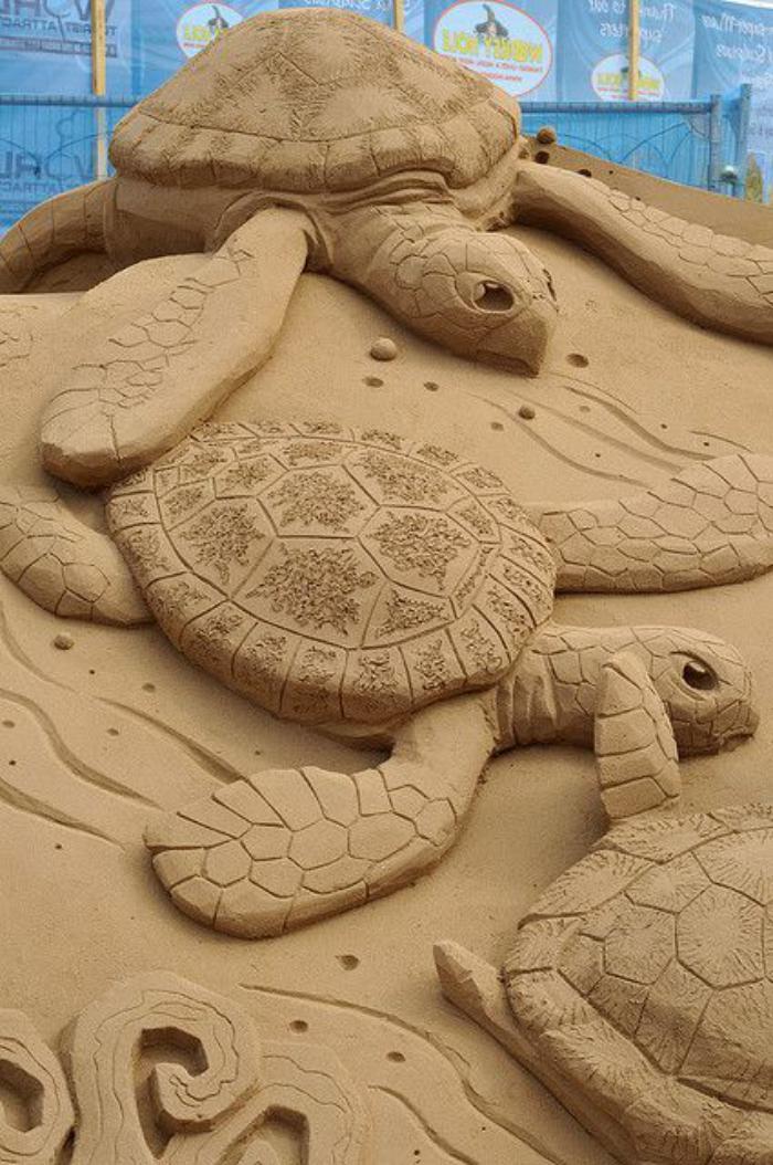 moderne-Skulpturen-aus-Sand-Sumpfschildkröten