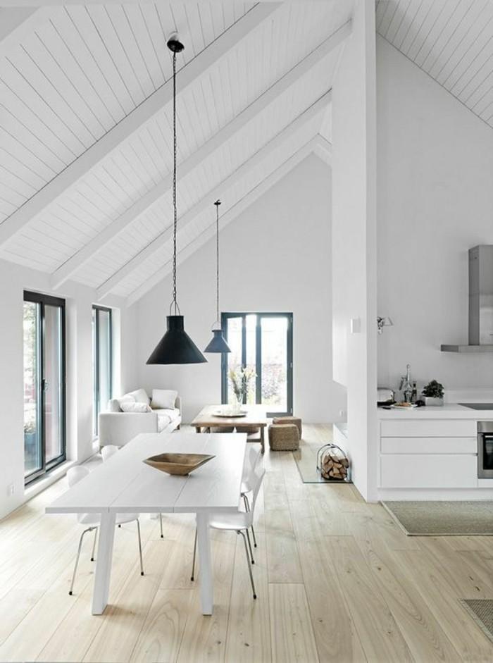 moderne-Wohnung-feine-Möbel-industrielle-Lampen-laminiertes-Parkett