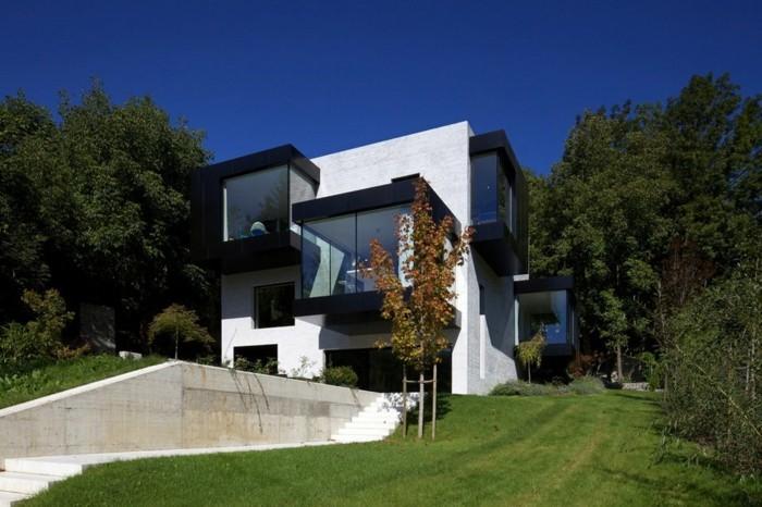 moderne-architektenhäuser-attraktives-design-herrliche-naturumgebung