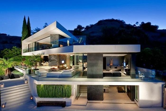 moderne-häuser-herrliche-gestaltung-auf-mehreren-etagen