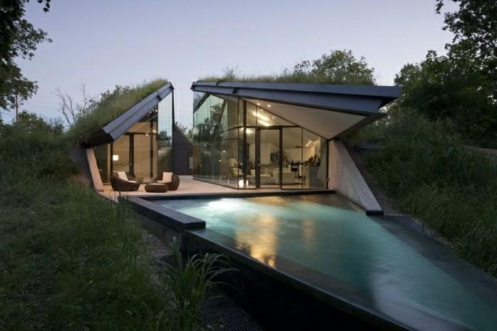 moderne-häuser-interessante-architektur-und-schöne-natur