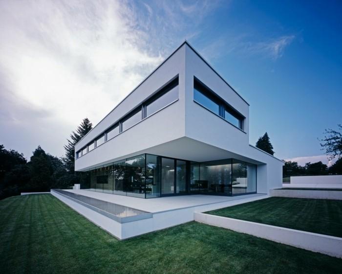 moderne-häuser-minimalistische-weiße-architektur