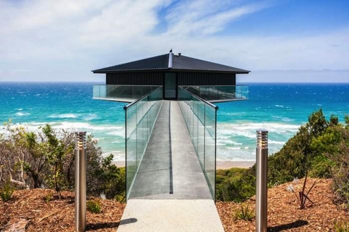 modernes-architektenhaus-sehr-interessantes-modell-schöner-blick-aufs-meer