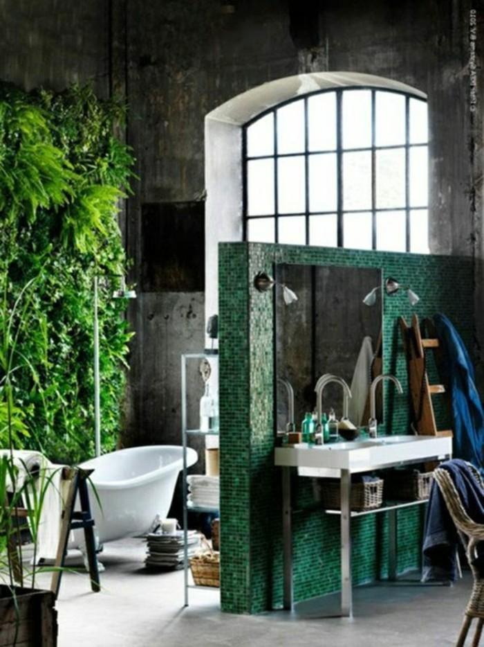 modernes-bad-einrichten-kreative-gestaltung-grüne-akzentwand
