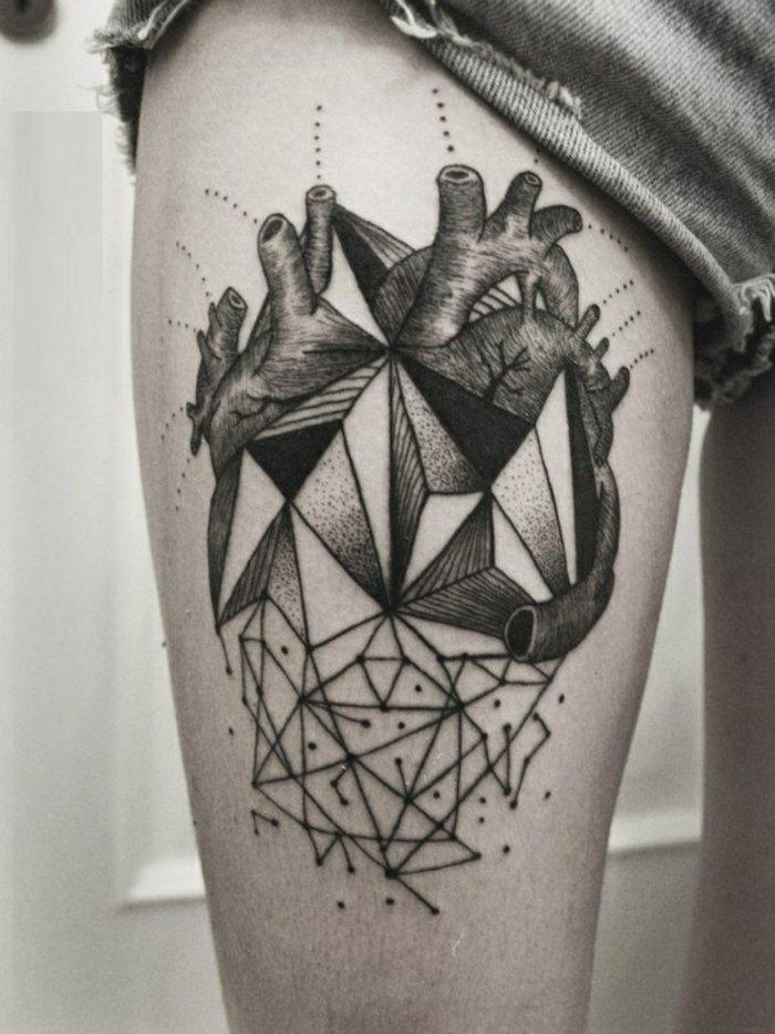 geometrische tattoos bilder 40 fantastische varianten. Black Bedroom Furniture Sets. Home Design Ideas