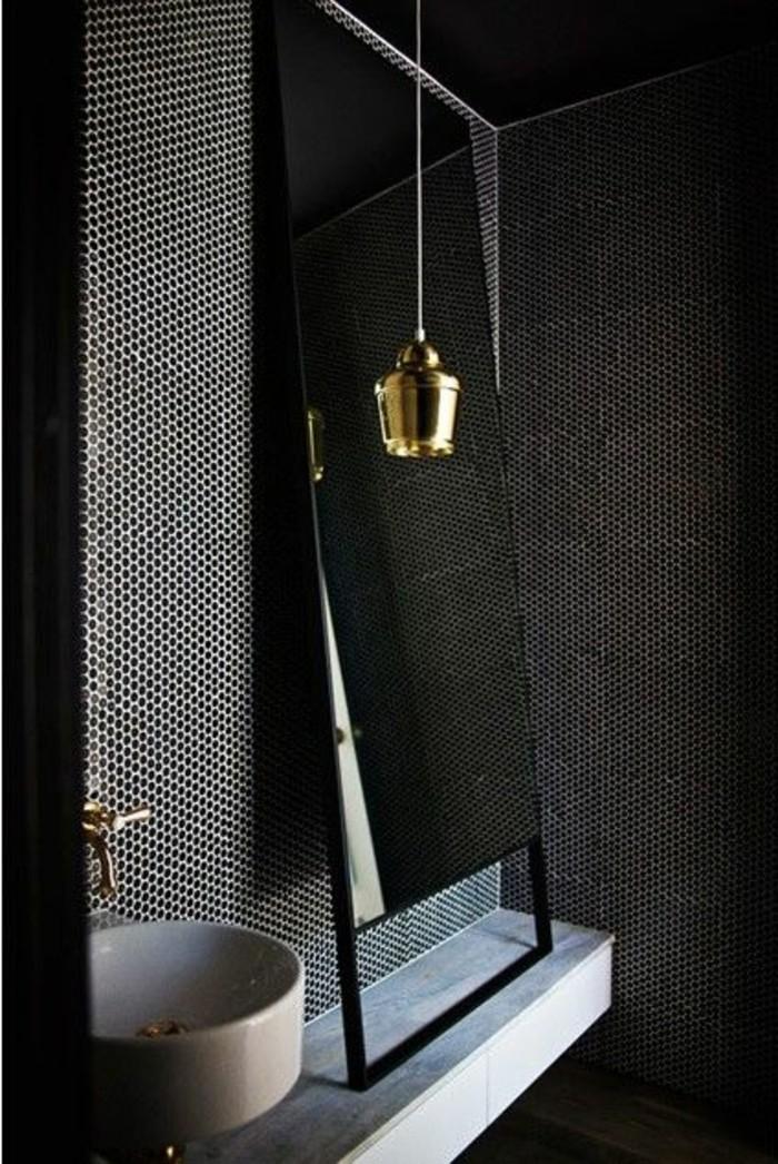 originelle-badezimmer-ideen-großer-spiegel