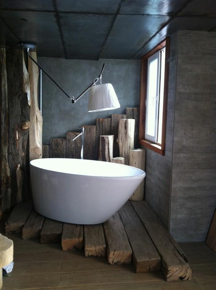 originelle-badezimmer-ideen-wunderschöne-weiße-badewanne
