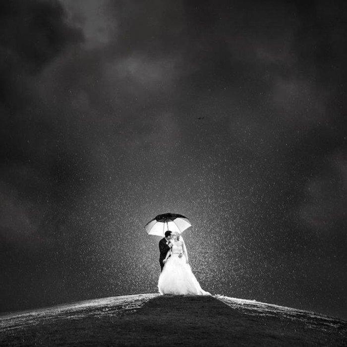 originelle-romantische-Hochzeitsbilder-Ideen-Kuss-unter-den-Sternen