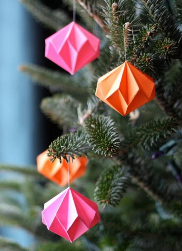 papier-falten-wunderschöne-deko-für-den-weihnachtsbaum