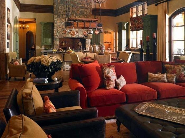 räumliche-Wohnung-aristokratische-Einrichtung-Ledermöbel-rote-Couch