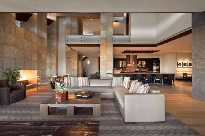 räumliche-Wohnung-attraktives-Modell-Wohnzimmertisch