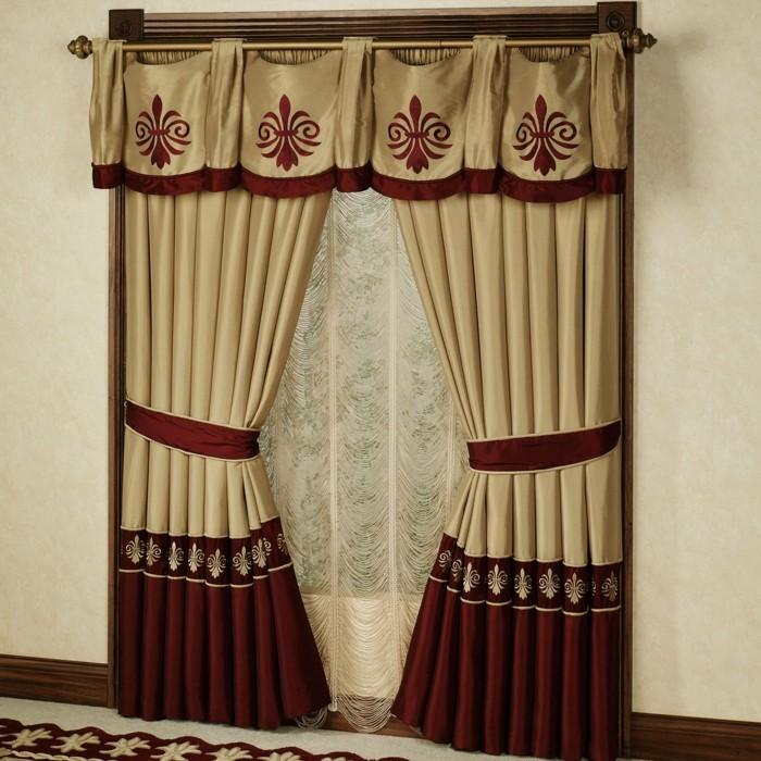 raumgestaltung-mit-effektvollen-schönen-gardinen