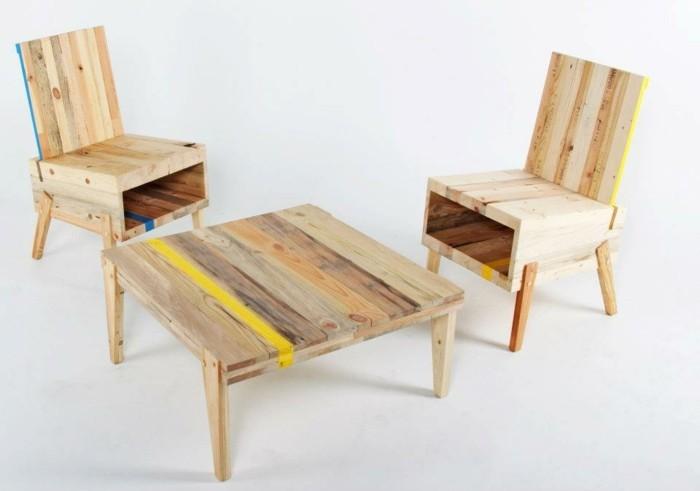 recycling-möbel-interessanter-tisch-und-zwei-stühle