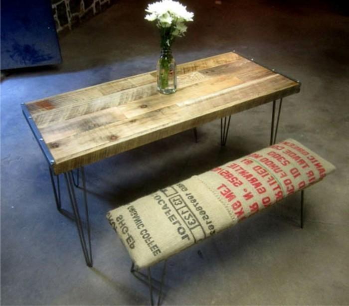Recycling Möbel Originelles Modell Tisch Mit Sitzbänken Nachttisch Selber  ...