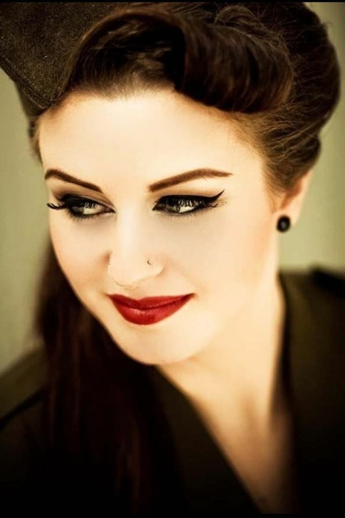 rockabilly-frisur-50er-style-sehr-interessantes-schminken