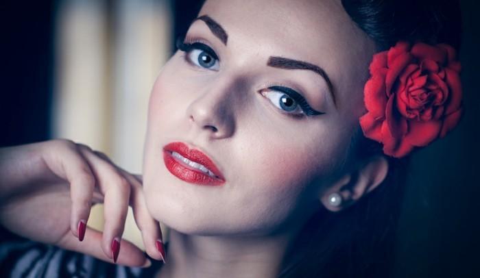 rockabilly-frisuren-50er-jahre-style-herrliches-schminken