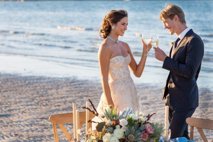 romantische-Hochzeitsfotografie-schöne-Hochzeit-am-Strand