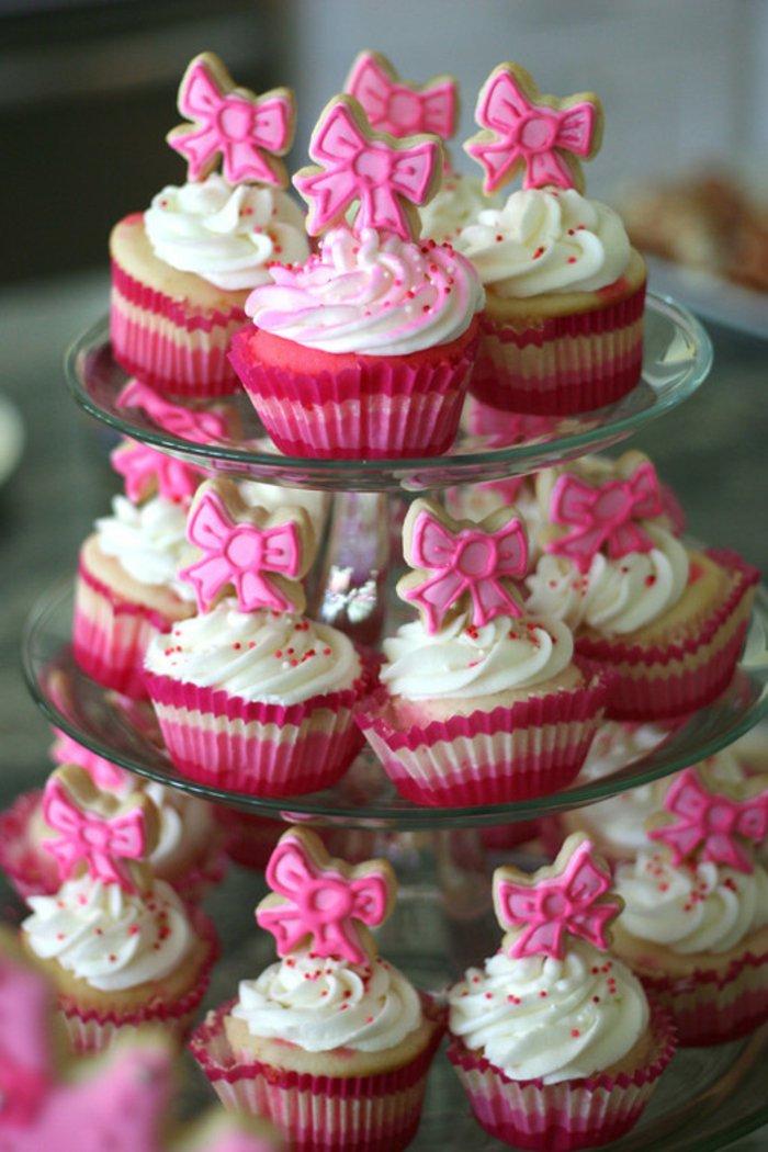 süße-Cupcakes-für-eine-Dornröschen-Party