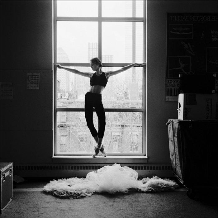 schöne-Fotokunst-junge-Tänzerin-Ballerina