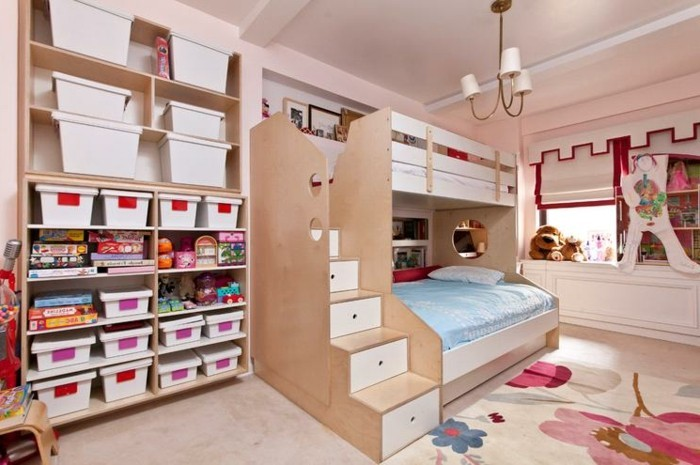 schöne-zimmer-ideen-für-mädchen-unikales-praktisches-bett-auf-zwei-etagen