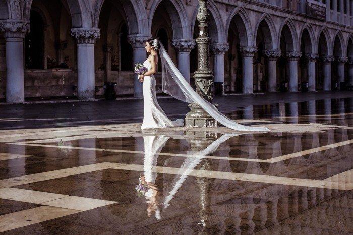 schönes-Hochzeitsbild-die-herrliche-Braut