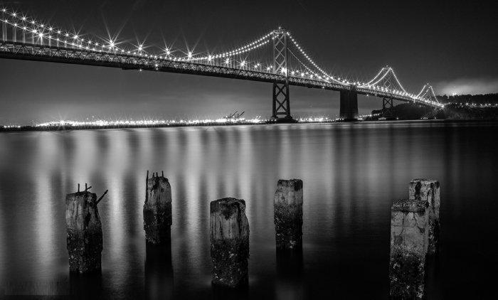 schwarz-weiße-Fotokunst-die-Brücke-in-San-Francisco