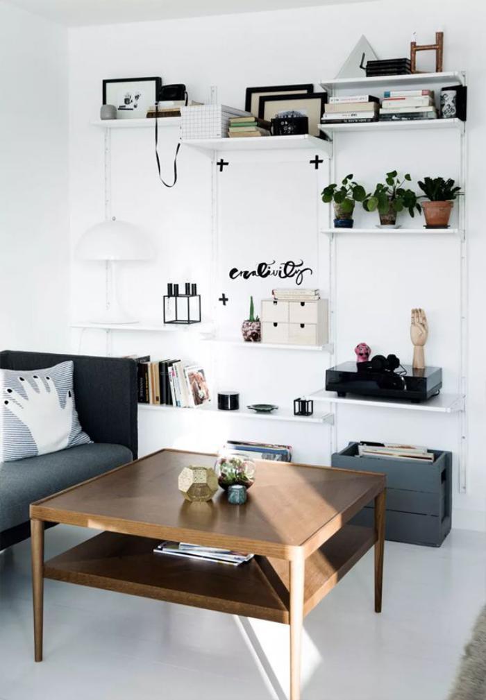 schwarz-weißes-Interieur-schlichtes-Modell-Wohnzimmertisch-Kaffeetisch