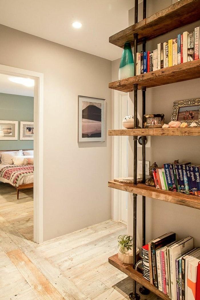 simples-Interieur-hölzerne-Möbel-Holzparkett