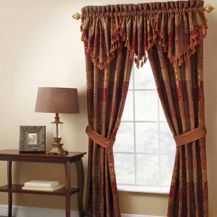 unikale-aristokratische-gardinen-für-ein-schönes-wohnzimmer