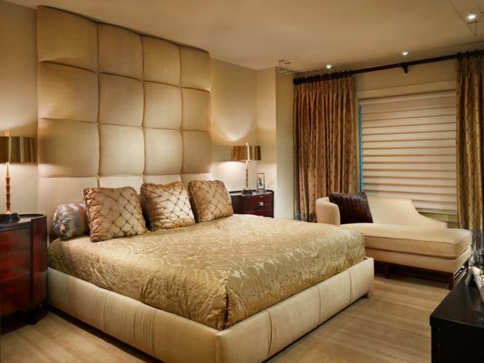 wandfarbe-gold-gemütliches-ambiente-im-schlafzimmer