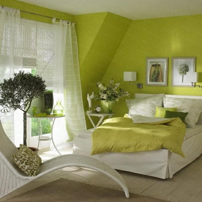 wandfarbe-grün-kreatives-modell-elegante-gardinen