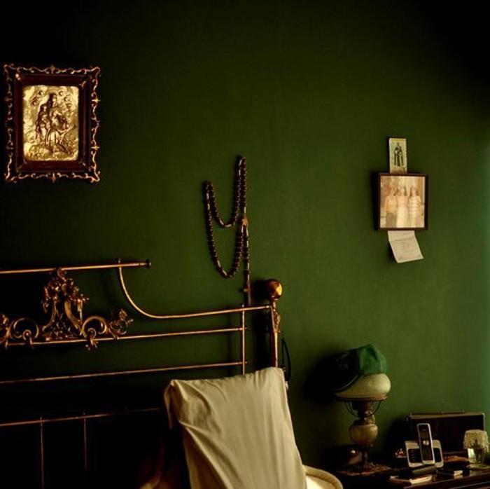 wandfarbe-grün-unikales-schönes-modell-schlafzimmer