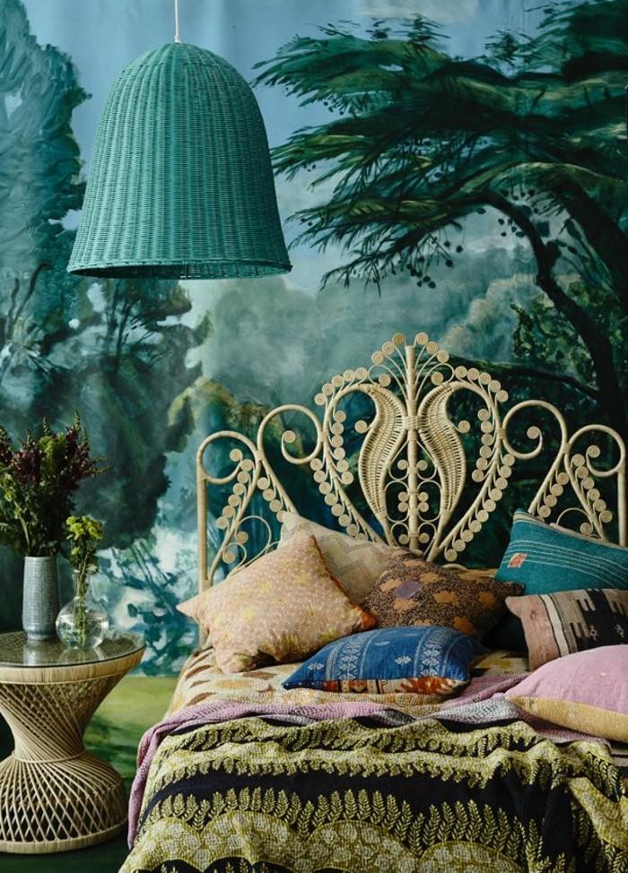 wandfarbe-grün-wunderschönes-modell-schlafzimmerkissen-auf-dem-bett