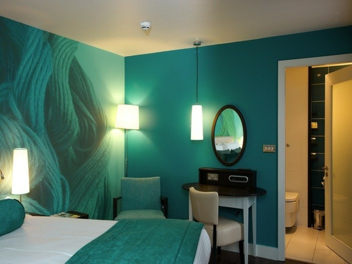 wandfarbe-türkis-herrliche-ausstattung-vom-schlafzimmer