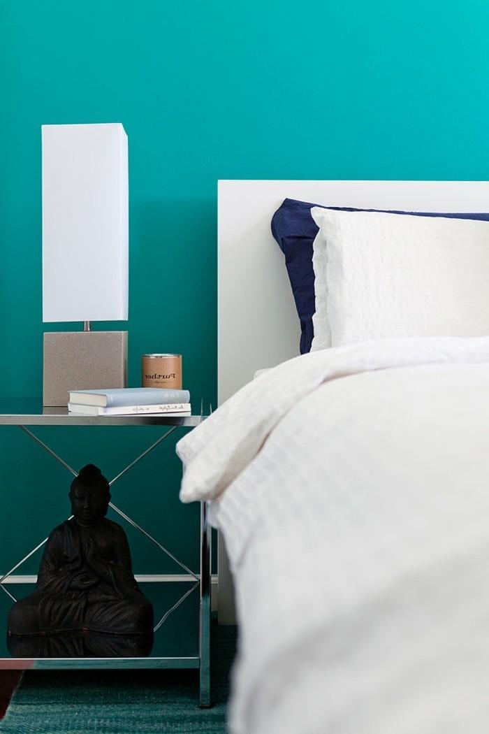 wandfarbe-türkis-sehr-interessantes-modell-schlafzimmer