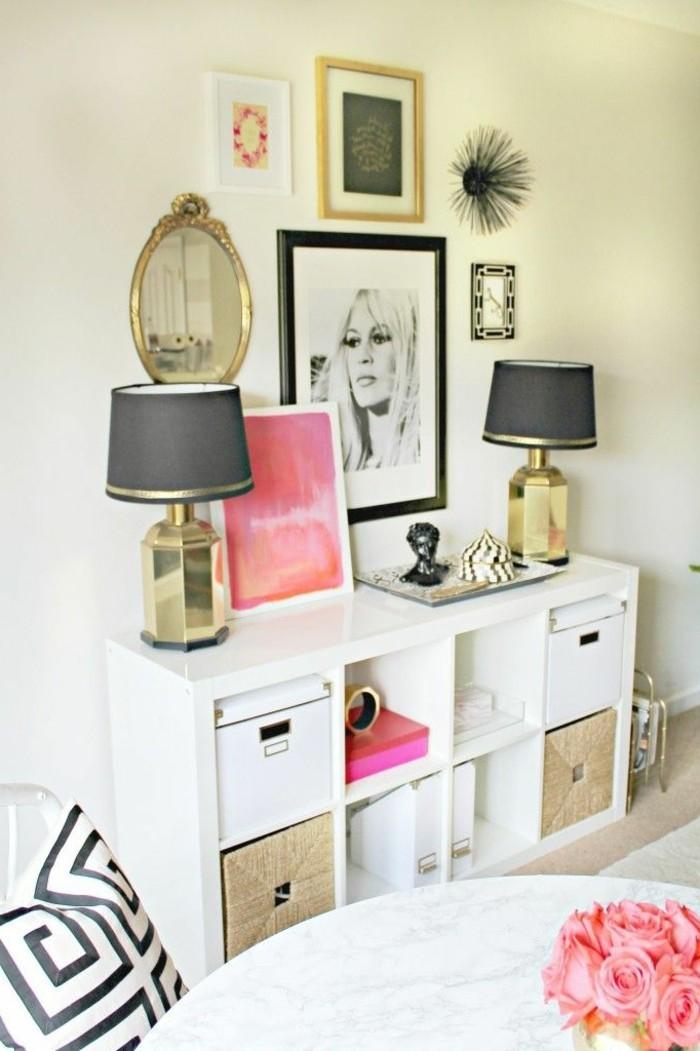 wandfarbe-weiß-bilder-an-der-wand-im-schlafzimmer-unikale-gestaltung