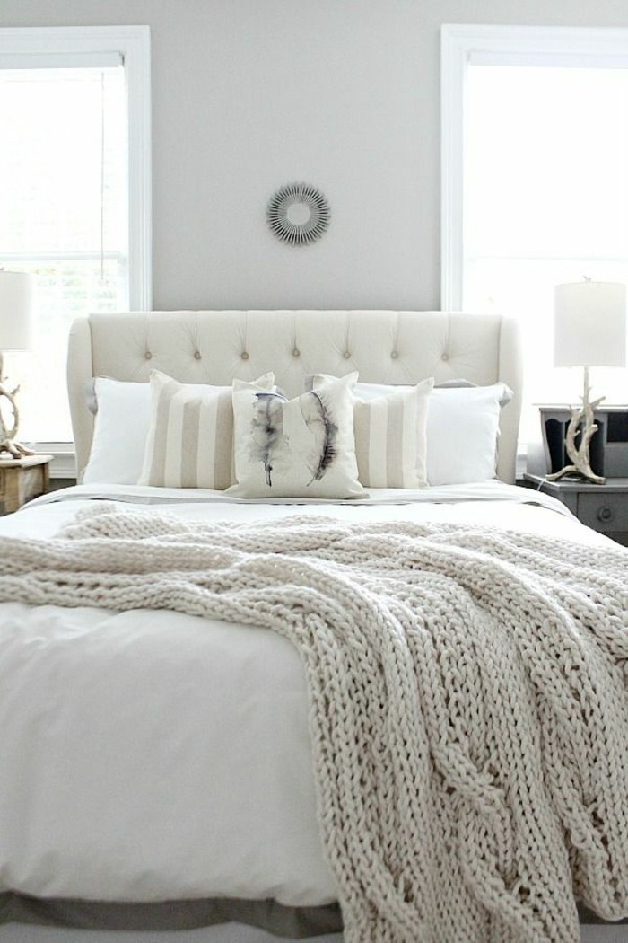 wandfarbe-weiß-elegantes-schlafzimmer-gestalten