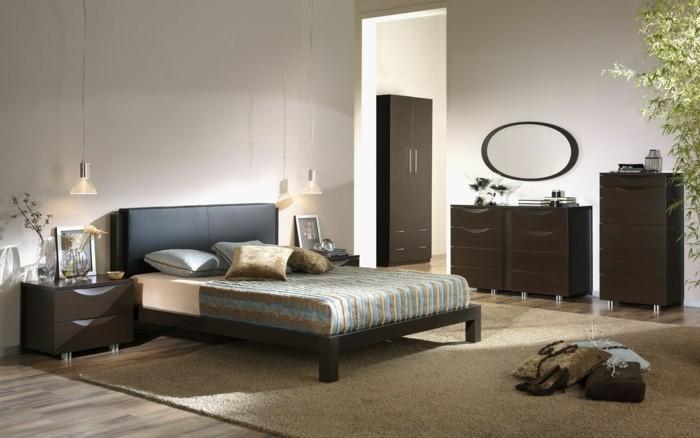 wandfarbe-weiß-sehr-interessantes-schlafzimmer-warme-farben