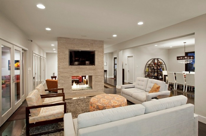Wohnzimmer renovieren: Weiß und Grau verwenden