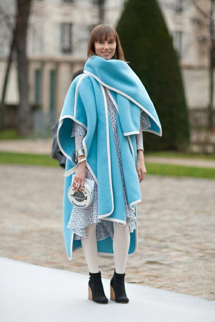 winterjacke-cape-originell-design-poncho-resized