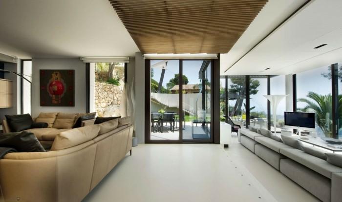 wohnzimmerwand-ideen-weitläufiger-raum-moderne-gestaltung